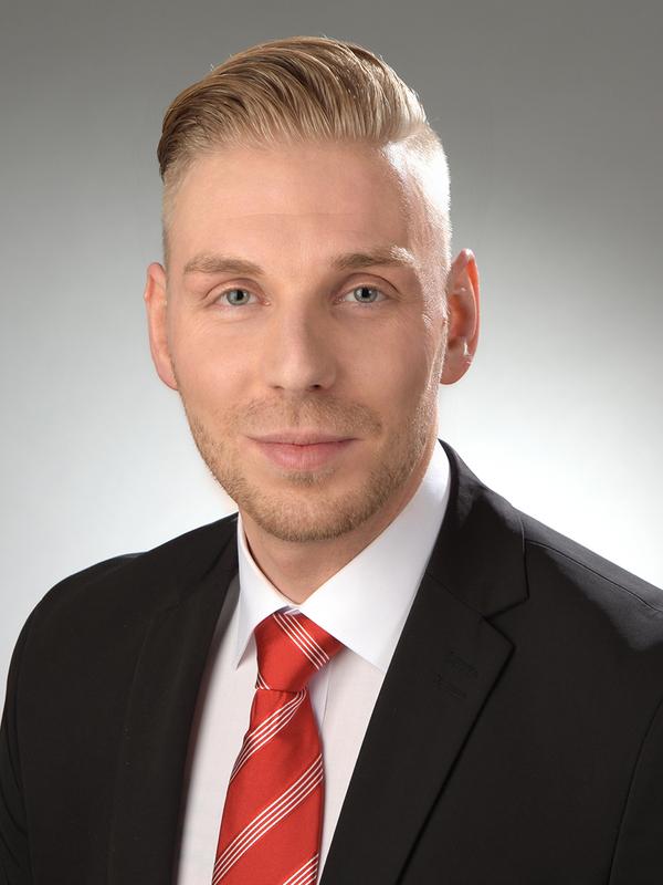 Dennis Riemenschneider