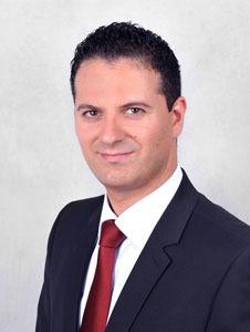 Daniel Simons